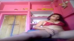 Desi uttar pradesh Mdc college teen Big Boobs playing wit pussy