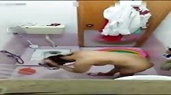 Recording Didi in Toilet